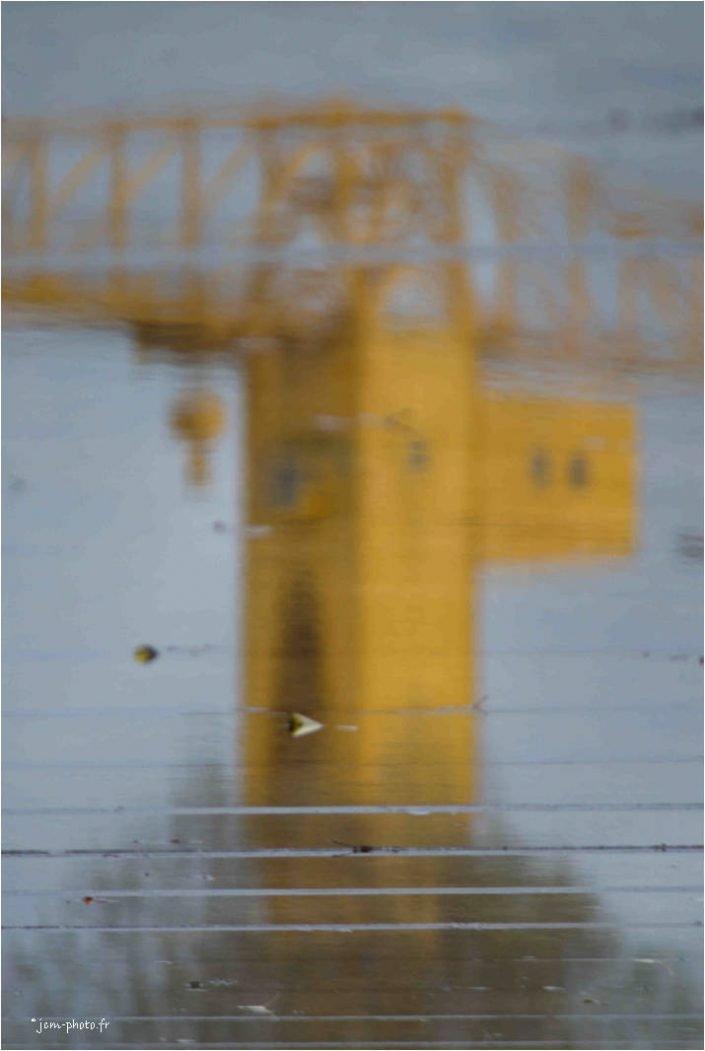 Nantes grue Titan jaune JeanClaudeM jcm-photo